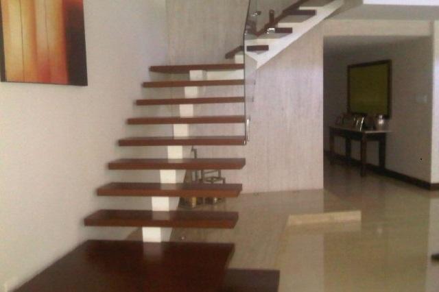 si la escalera est bien diseada y construida le dar una dimensin diferente a su hogar con la ayuda de los de parquet tirreno